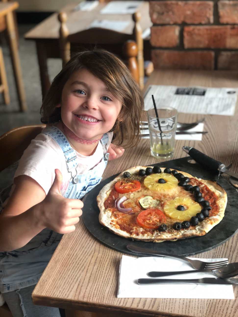Enjoying Pizza at Gios! | Pizza + Pasta Crewe | Gios Crewe | Cheshire